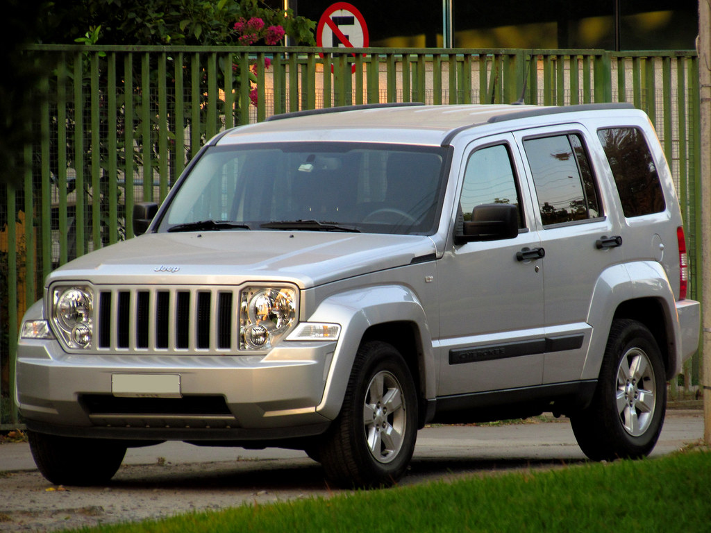 All Types liberty crd : Jeep Cherokee Liberty 2.8 CRD Sport 2012 | RL GNZLZ | Flickr