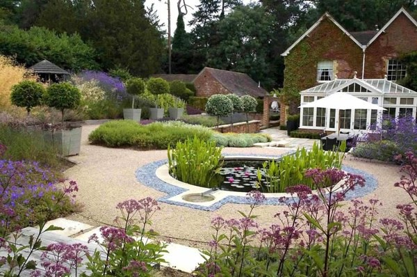 amenagement-jardin-moderne-étang-plantes-aqutiques | Flickr