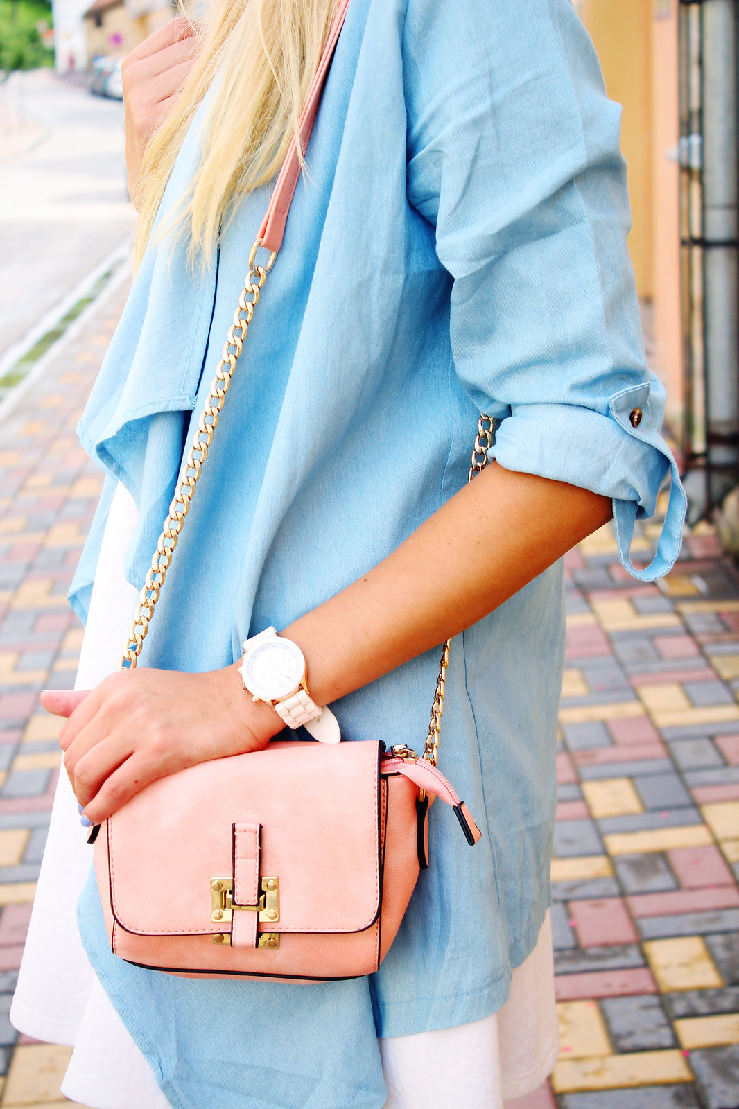 Rose pink shoulder bag
