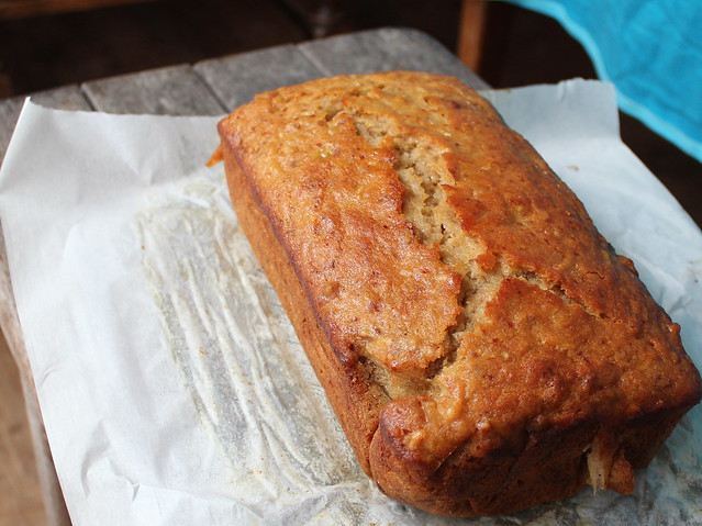 Walnut Honey Yoghurt Apple Loaf