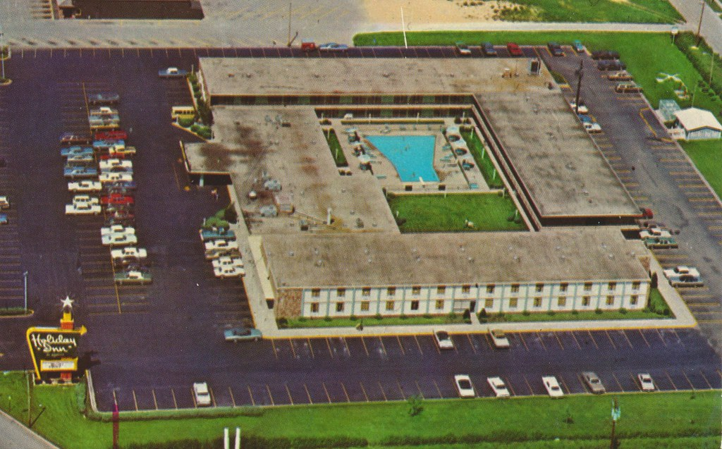 Holiday Inn - Bloomington, Illinois