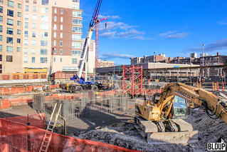 Pierce-Boston-Brookline-Avenue-Boylston-Street-Fenway-Point-Weiner-Ventures-Samuels-Associates-Development-Arquitectonica-John-Moriarty-Associates-Construction-J-Derenzo-Company-Hayward-Baker-Bay-Crane-1