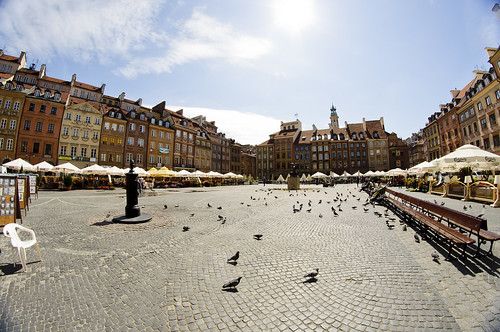 Old town square in Warszawa | by A.Cahlenstein Photography