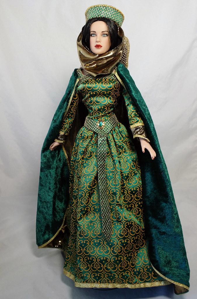 Franklin Mint Guinevere gown | Loves Dolls | Flickr