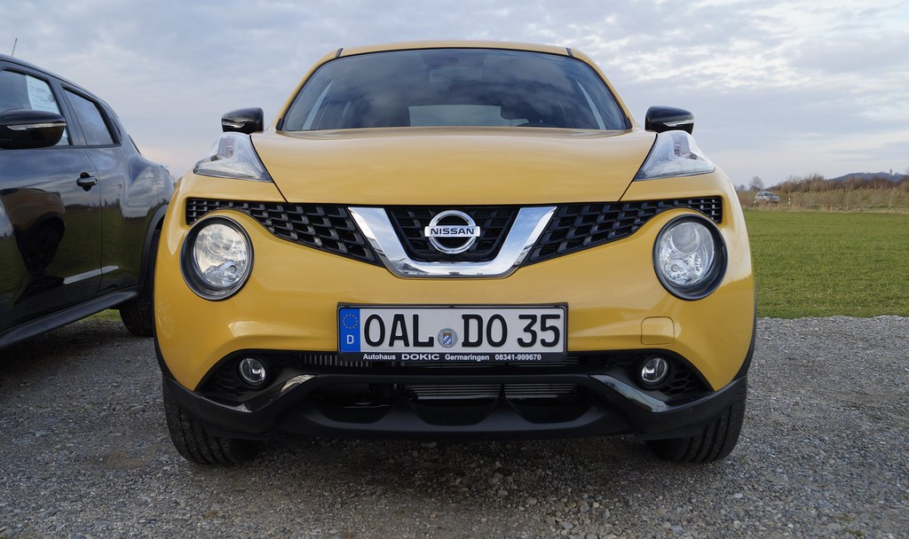 nissan juke acenta 1.2 dig-t 115 ps sunlight yellow metall… | flickr