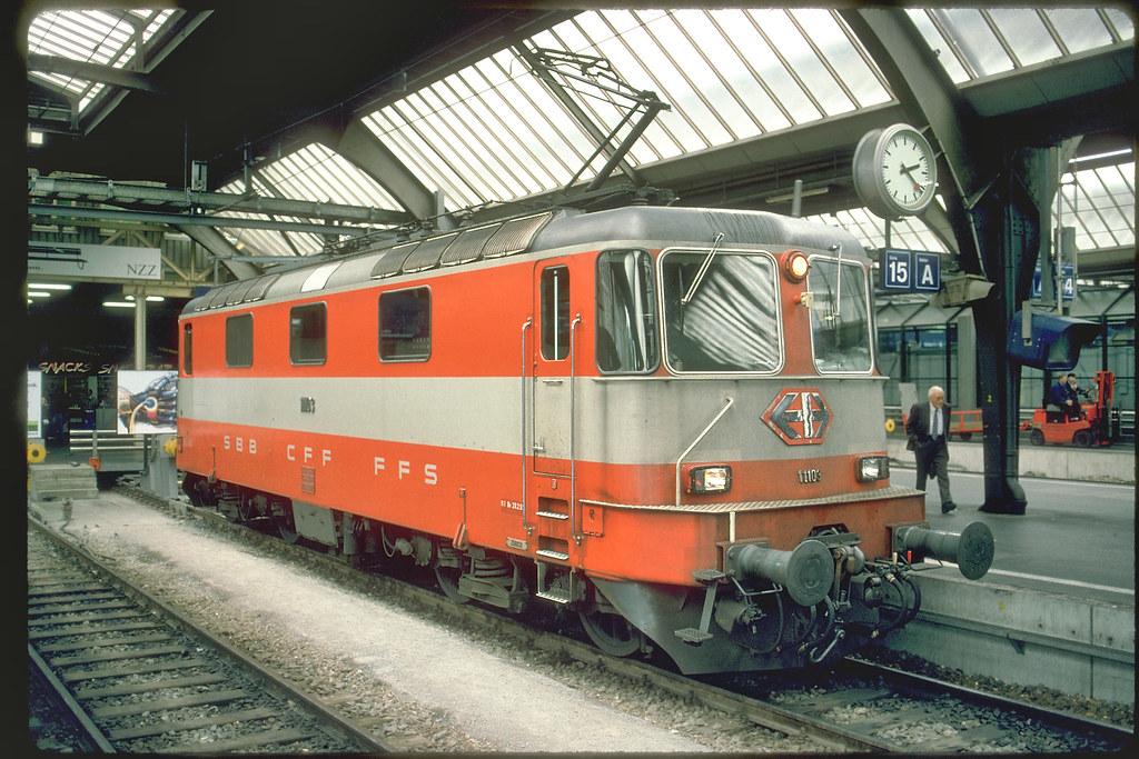 ... SBB Re4/4 II 11103, Swiss Express (2000) | by John Lovda