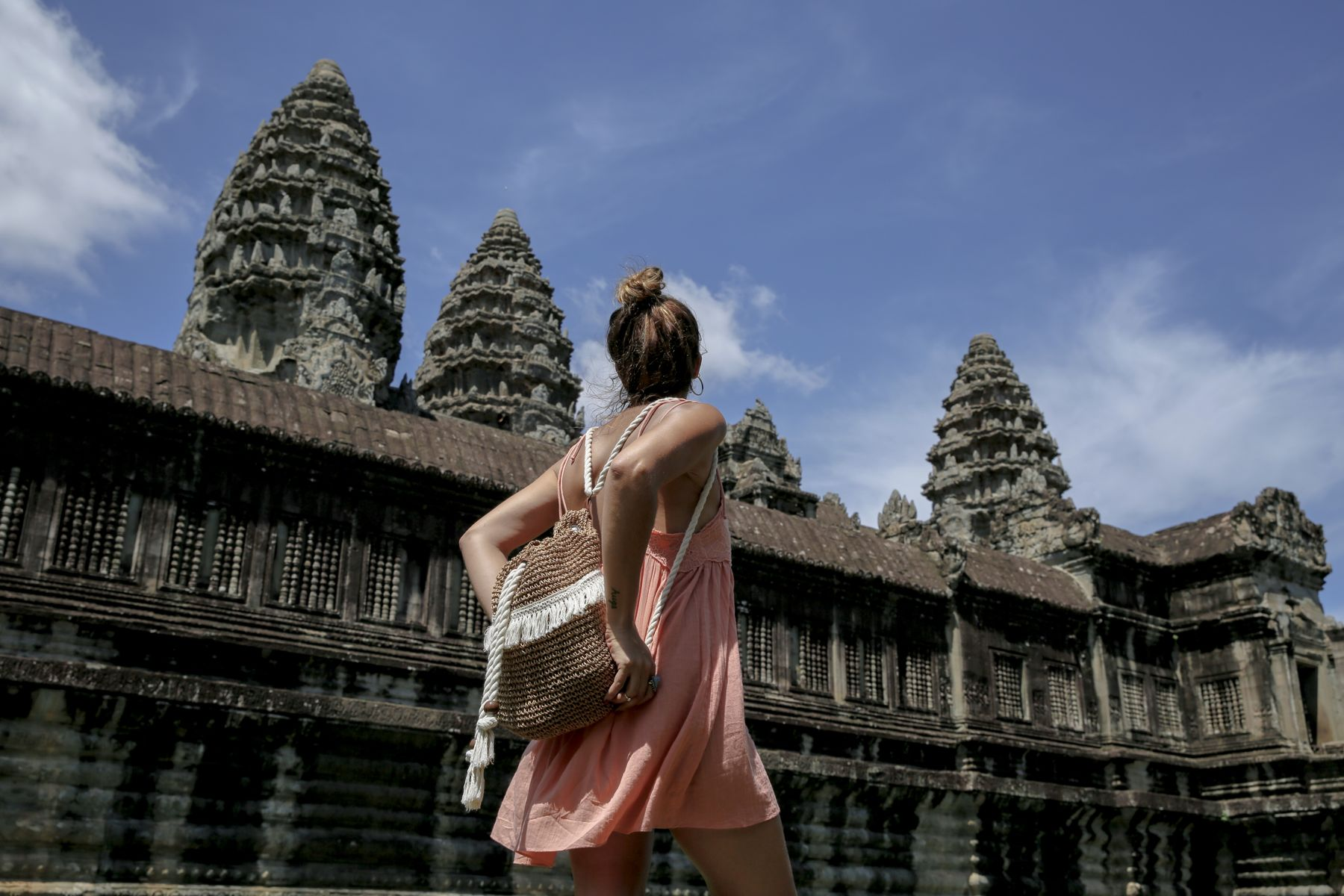 camboya cambodia angkor wat trendy taste summer trip outfit look dress sneakers stan smith vestido zapatillas asos adidas _7