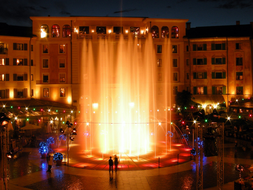 Fountain Show At Hotel Colosseo Europa Park Leo Iske Flickr