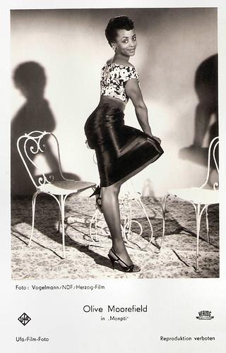 Olive Moorefield in Monpti (1957)