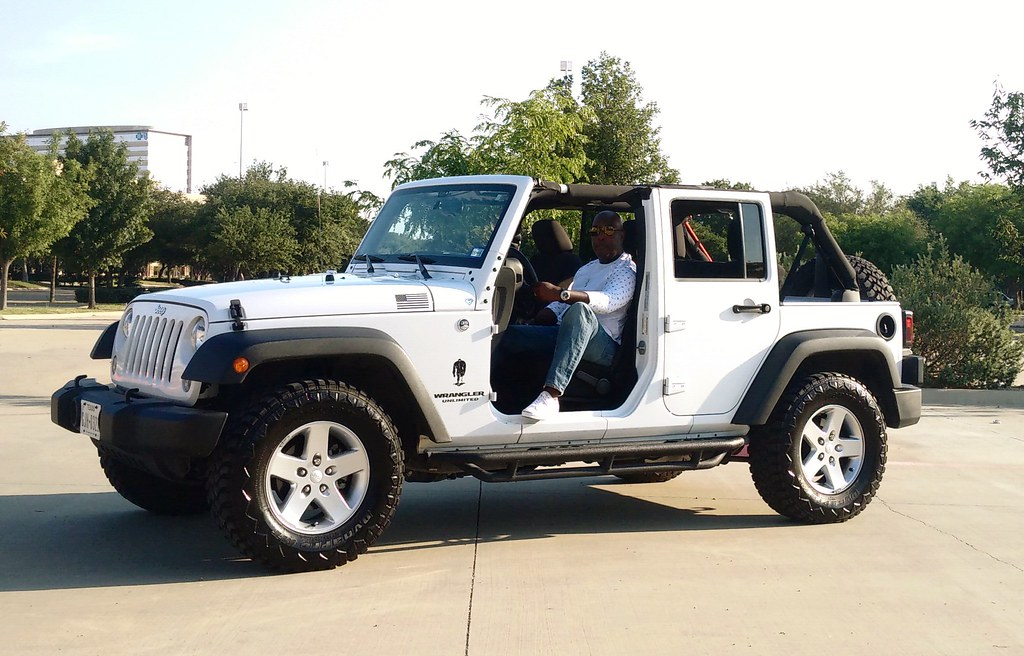 ... White Jeep Wrangler Unlimited With Top and Front Doors Off | by MWButterfly & White Jeep Wrangler Unlimited With Top and Front Doors Off\u2026 | Flickr Pezcame.Com