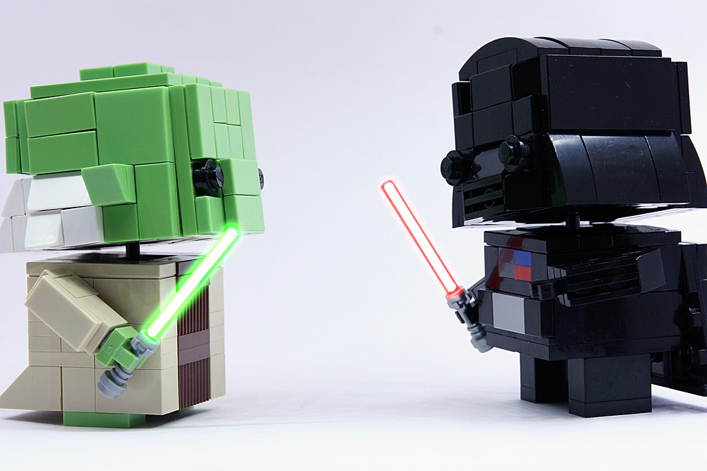 Lego Pop Figures: yoda & vador | seb toutouille | Flickr