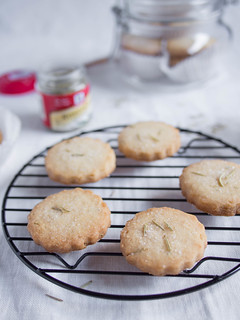 Rosemary cookies | by Cassang