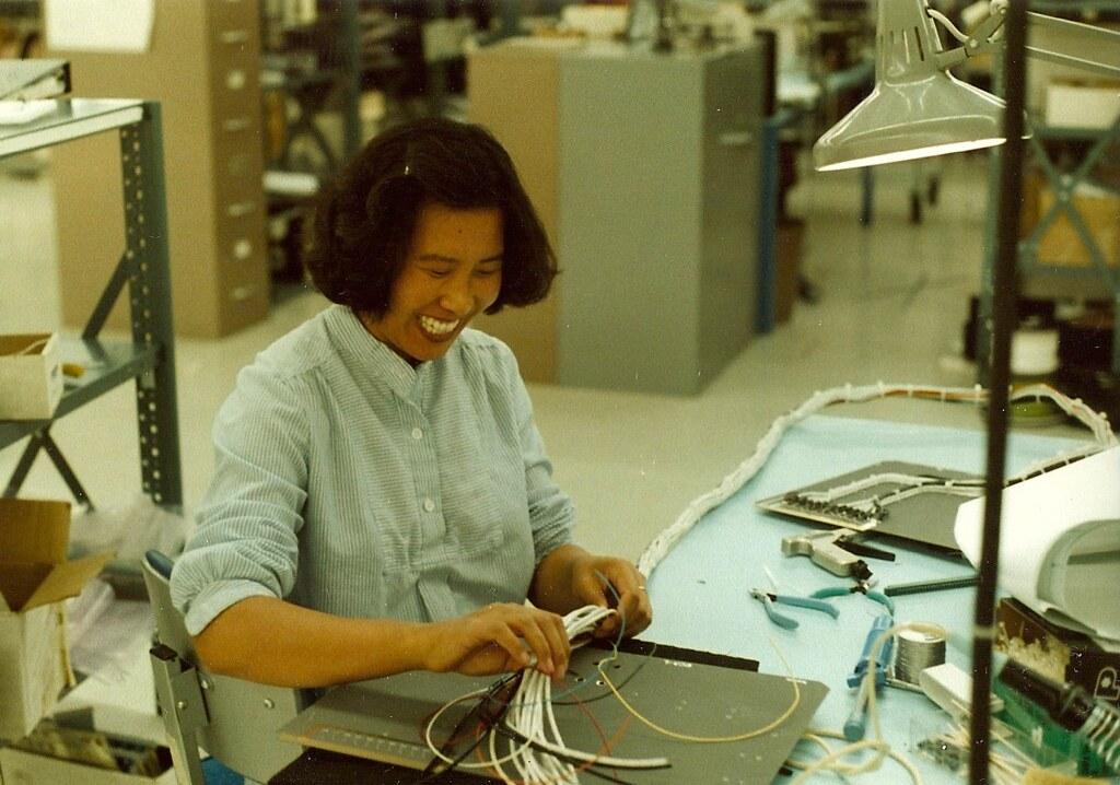 electro mechanical assembler lomac 80l 1981 scan 80 1 8 flickr