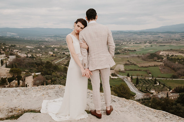 Dreamy Elopement Inspiration in Provence