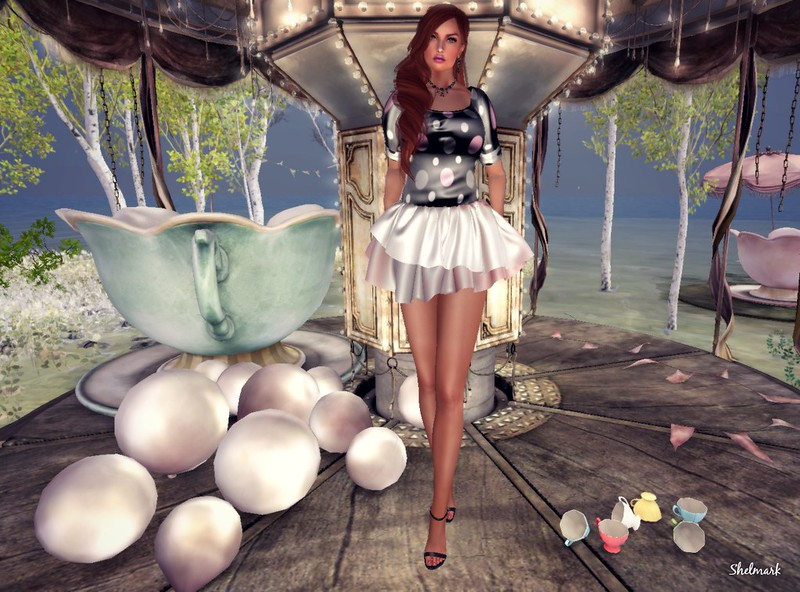 Blog_PrettyThings_DotDress2_003