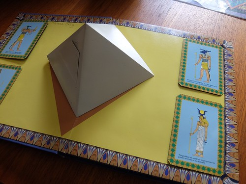 Popup Pyramid