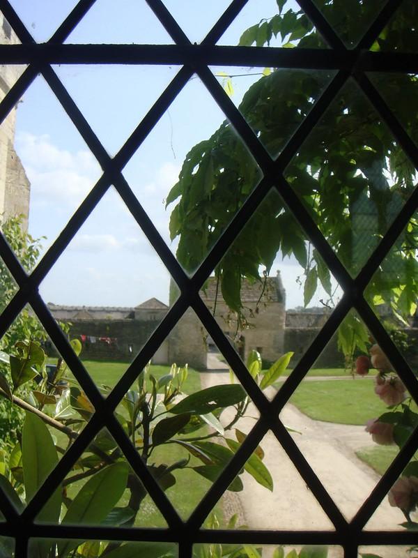 Markenfeld Hall Gate View
