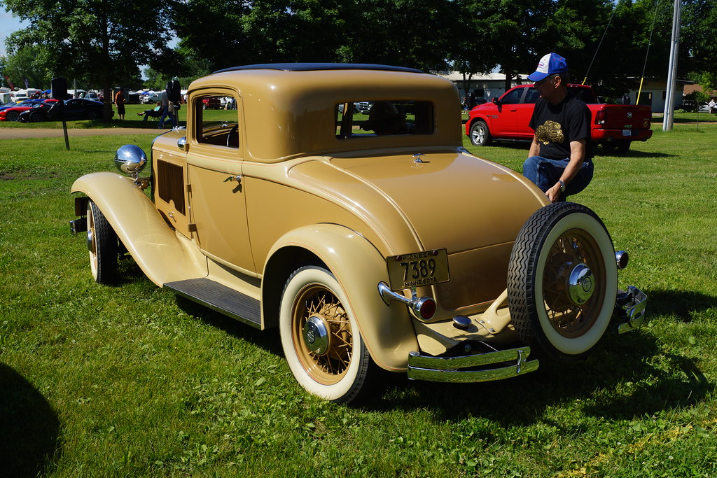 1932 Chrysler Coupe Rumble Seat