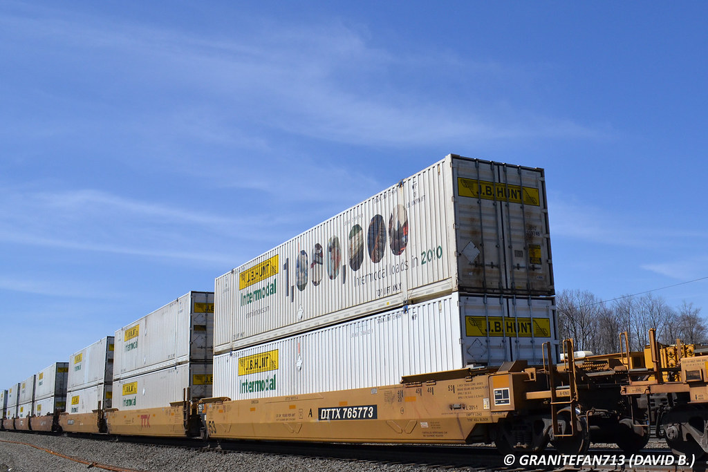 JB Hunt Intermodal Containers (26T)-1 | Trucks, Buses, & Trains by ...