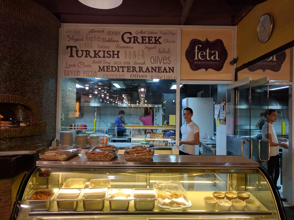 Feta有自己的烤爐,烤出美味的pide等麵食料理也難不倒土籍主廚