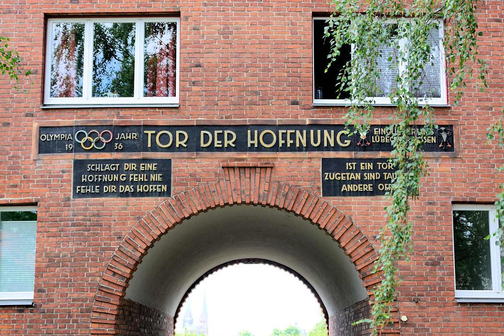 Architekt Lübeck 5308 das tor der hoffnung ist eine unter denkmalschutz ste flickr