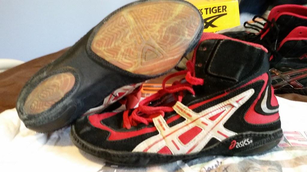 Rare Asics Jackal wrestling shoes up for sale size 10 in g… | Flickr