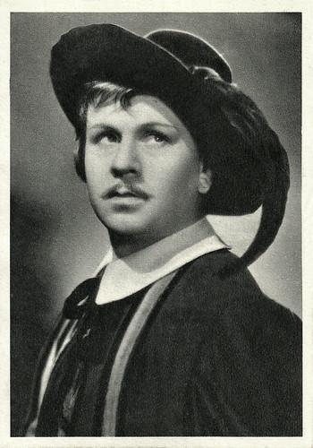 Gino Cervi in I promessi sposi (1941)