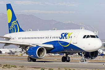 Sky Airline A319 CC-AHC (S.Díaz)