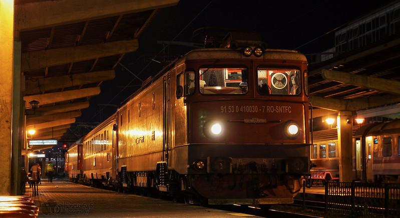 Locomotive clasa 410 29402951000_147df850d3_c