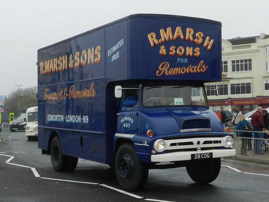 28CDG Ford Thames Trader Pantechnicon | HCVS London to Brigh… | Flickr