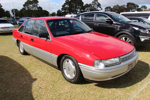 1988 1991 holden vn calais with 16541645143 on Holden  modore  VN also Voitures D Australie F P V 2002 as well 1994 besides 162064659783 additionally Vp  modore Problems.