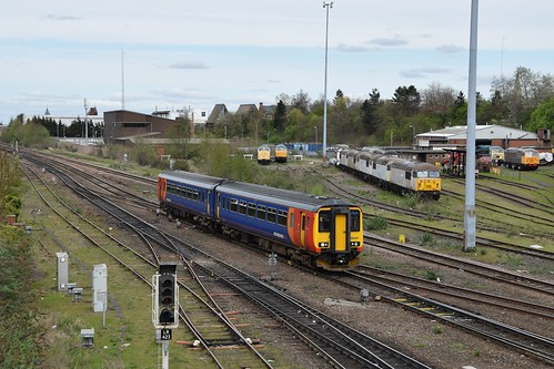 156 497 East Midland Trains Leicester 17.04.15 | by Paul David Smith (Widnes Road)