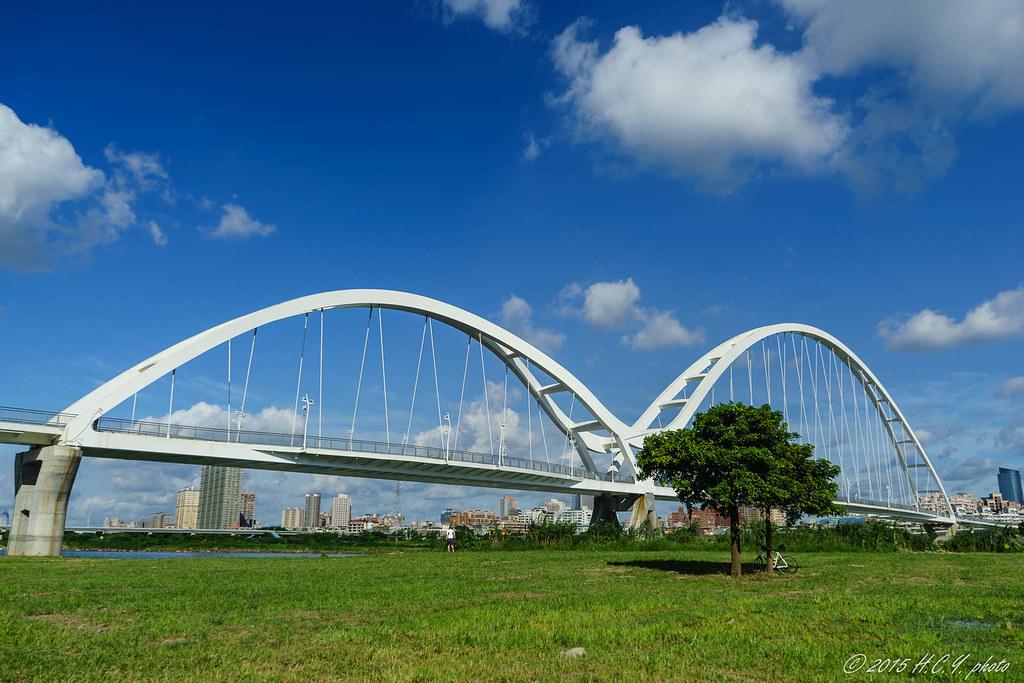 新月橋 新莊端