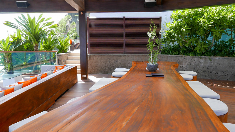 28279151976 cfb2153d6f c - REVIEW - The Edge, Uluwatu (Bali)