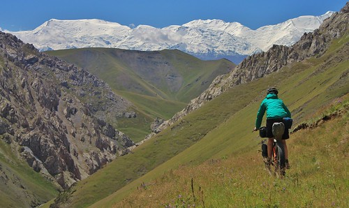 Descending from the Jiptik pass | by Pikes On Bikes