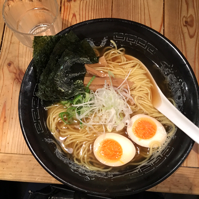 hole in the wall ramen shibuya