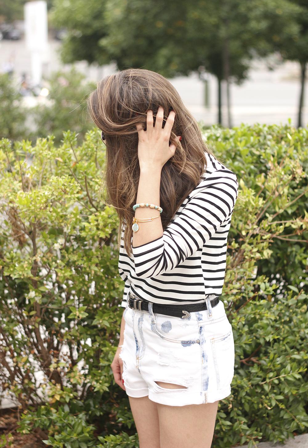 Stripes and denim shorts nude heels acosta bag sunnies belt summer outfit18