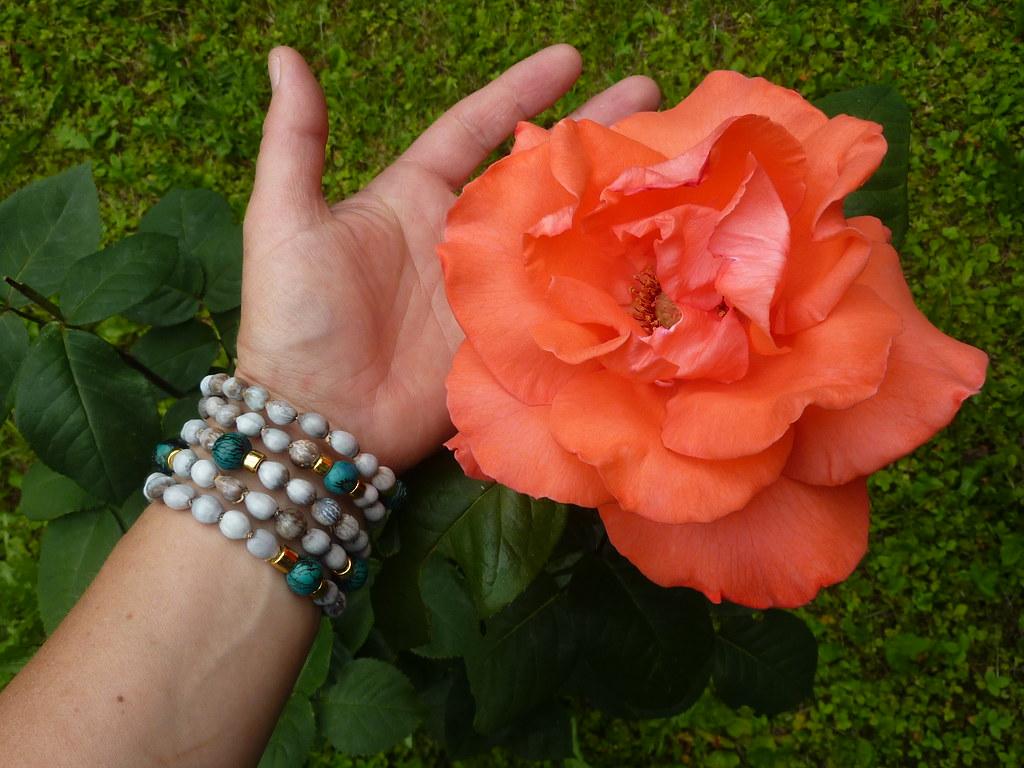 Armreifen und Rose | Armreifen und Foto by Lui K. Rosenblüte… | Flickr