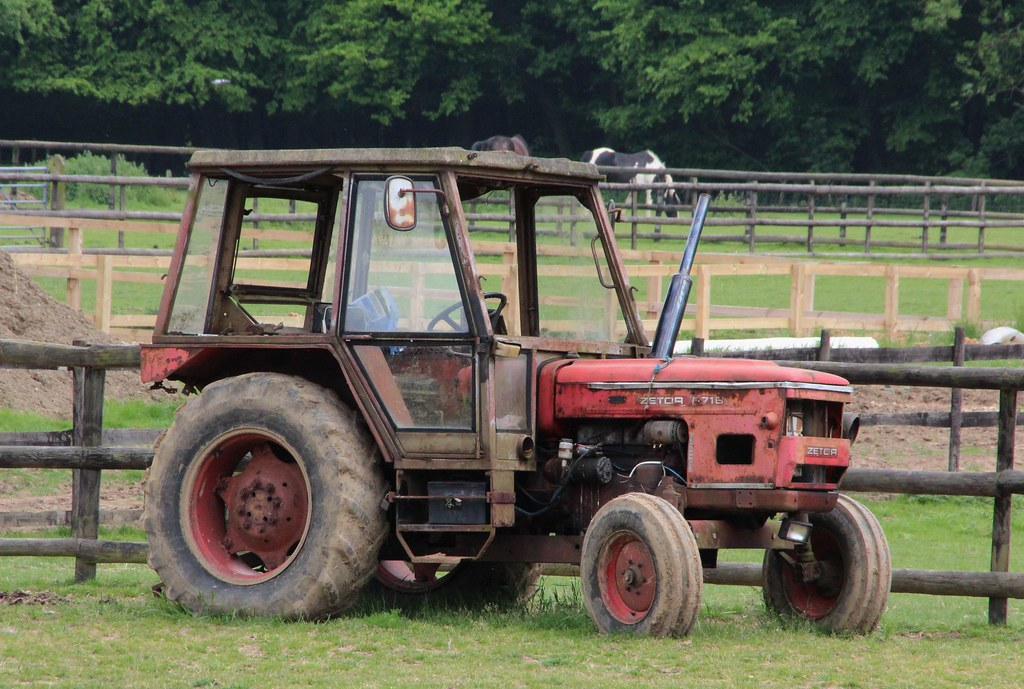Old.Gold Zetor 5718 Zetormatic tractor | by Nivek.Old.Gold