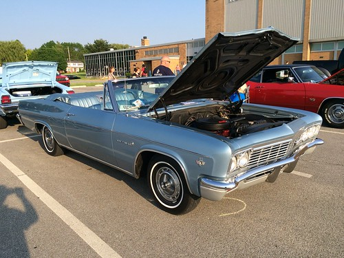 Willoughby Middle School Warrior Car Cruise May 28 2015 A