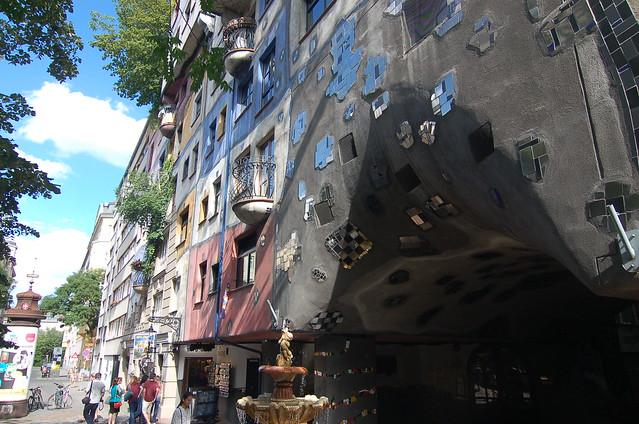 維也納 百水公寓