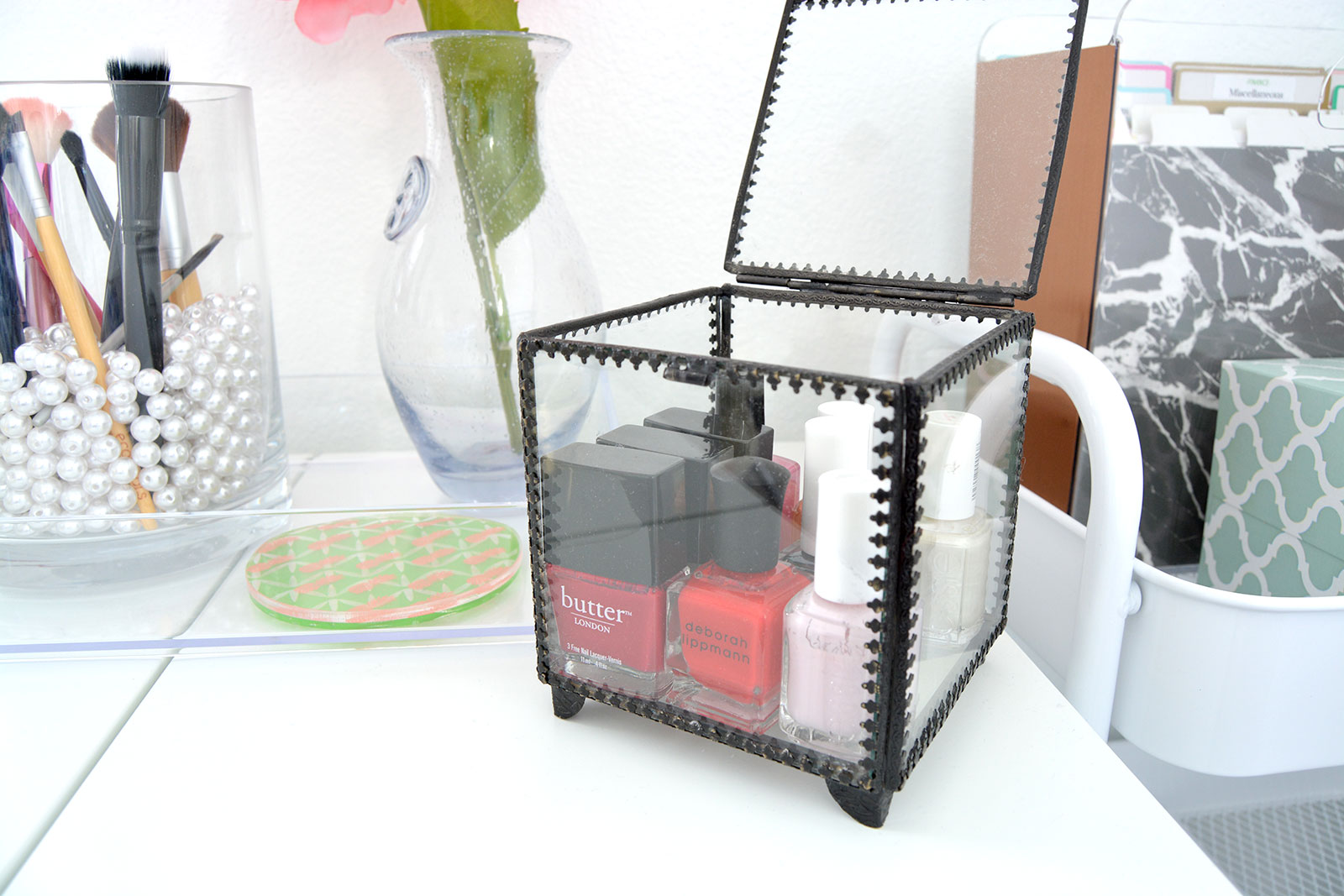 Chic Budget Friendly Makeup Storage Options