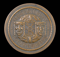 Photoplay Magazine Medal obverse