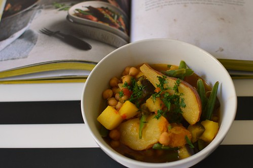 Gypsy chickpea hot pot with pears