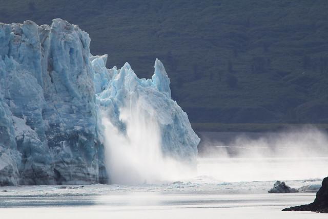 Hubbard Glacier calving sequence 21-20140619