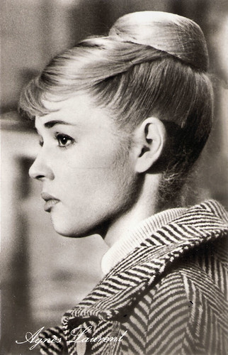 Agnès Laurent in Péché de jeunesse (1958)