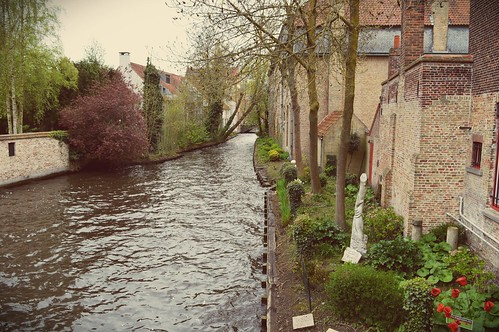 Canals, Brugge | by f.horita