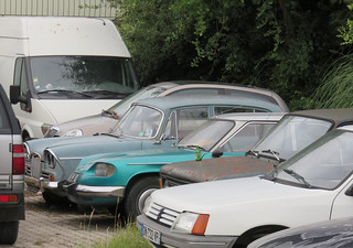 Singer Vogue, Panhard 24C and Fiat 128 | by Spottedlaurel