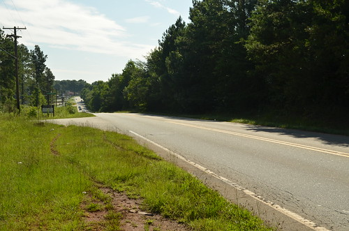 Old Bramlett Road-lynch mob discarded Willie Earle's body in this area | by artstuffmatters