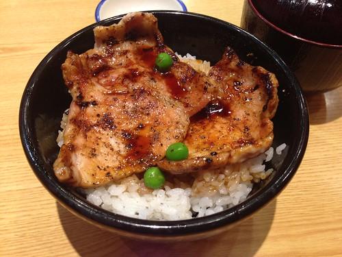 hokkaido-obihiro-butahage-buta-don01